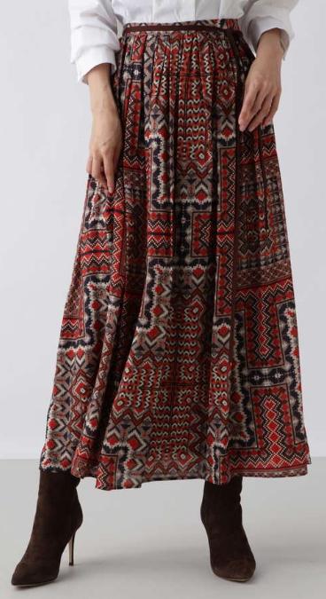 G線上のあなたと私 波瑠 スカート